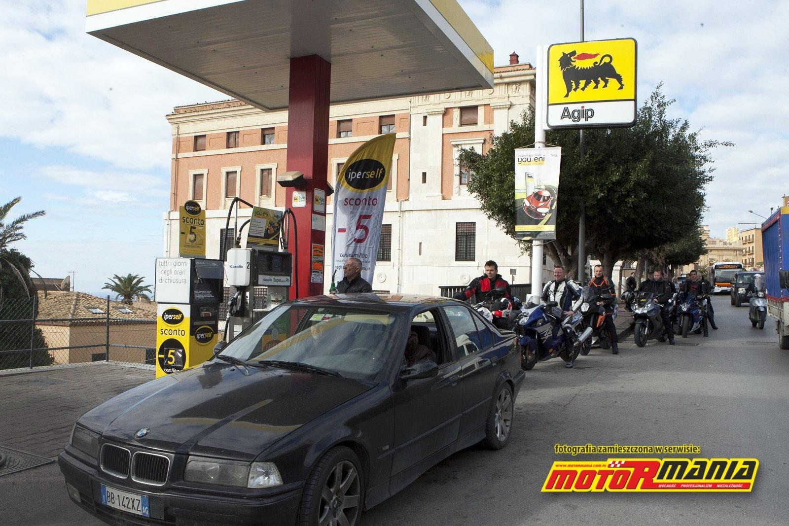 Ostatnia stacja z paliwem w Agrigento...