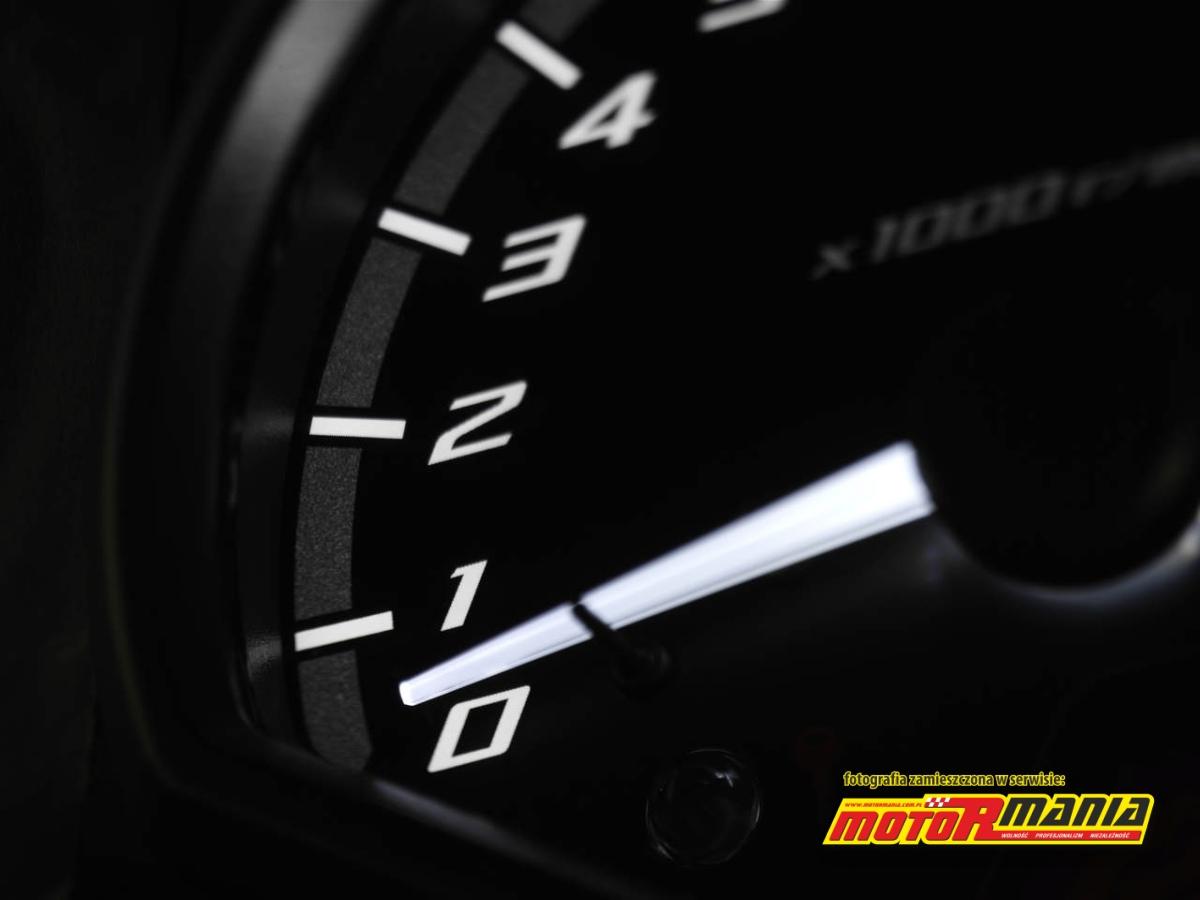 Obrotomierz Yamaha XJ6 2013 LED