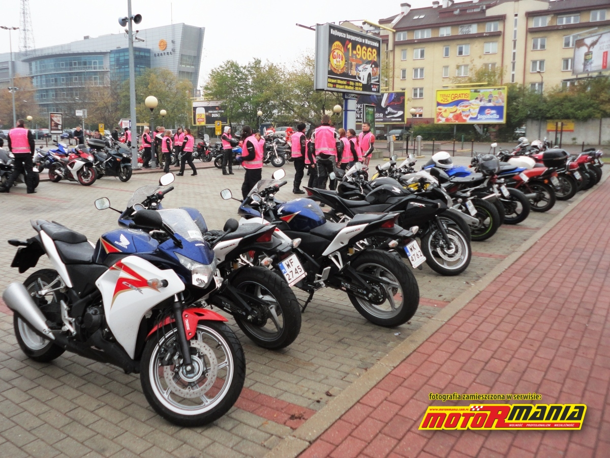 motocykle na parkingu