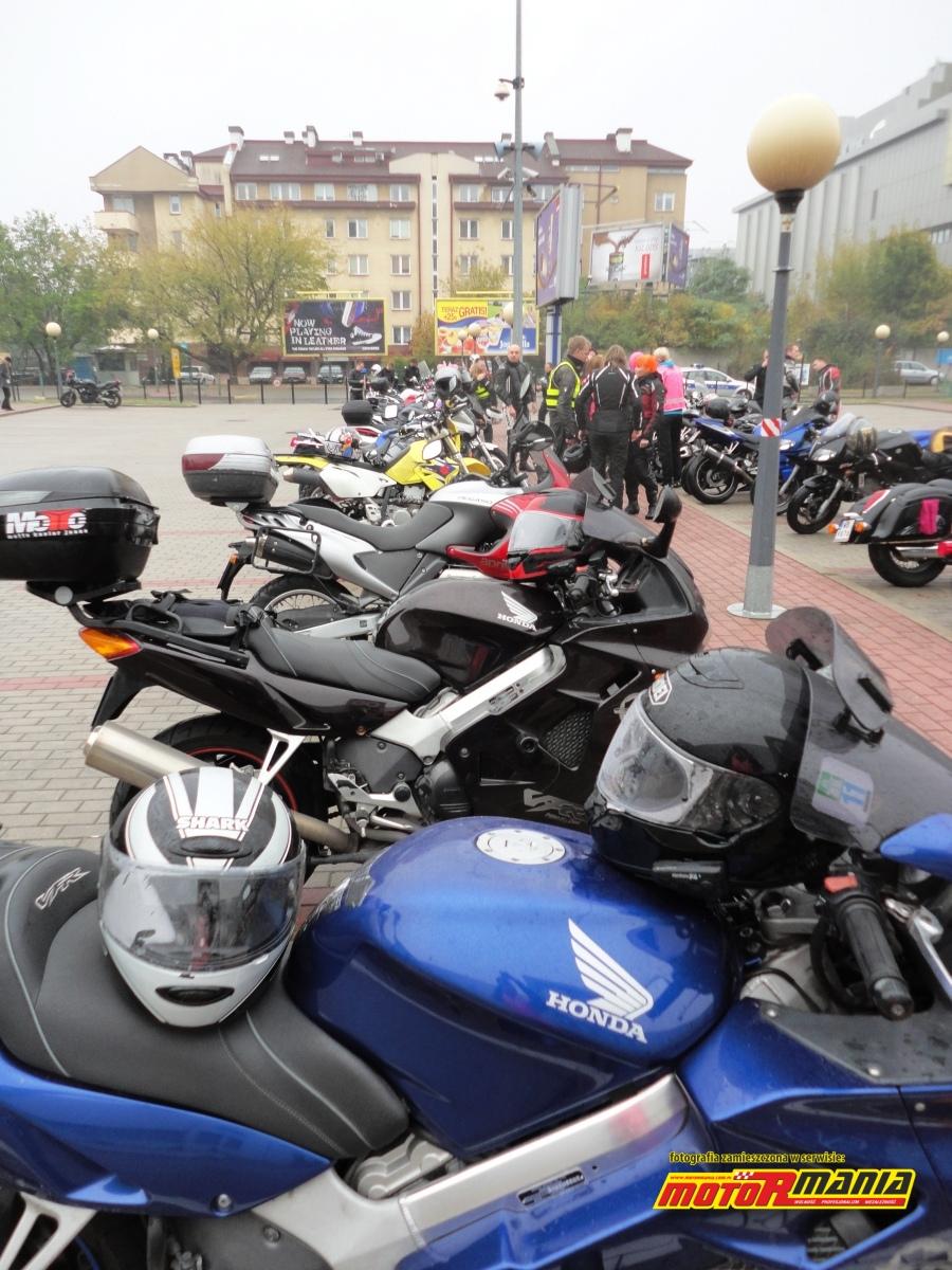 motocykle pod atrium