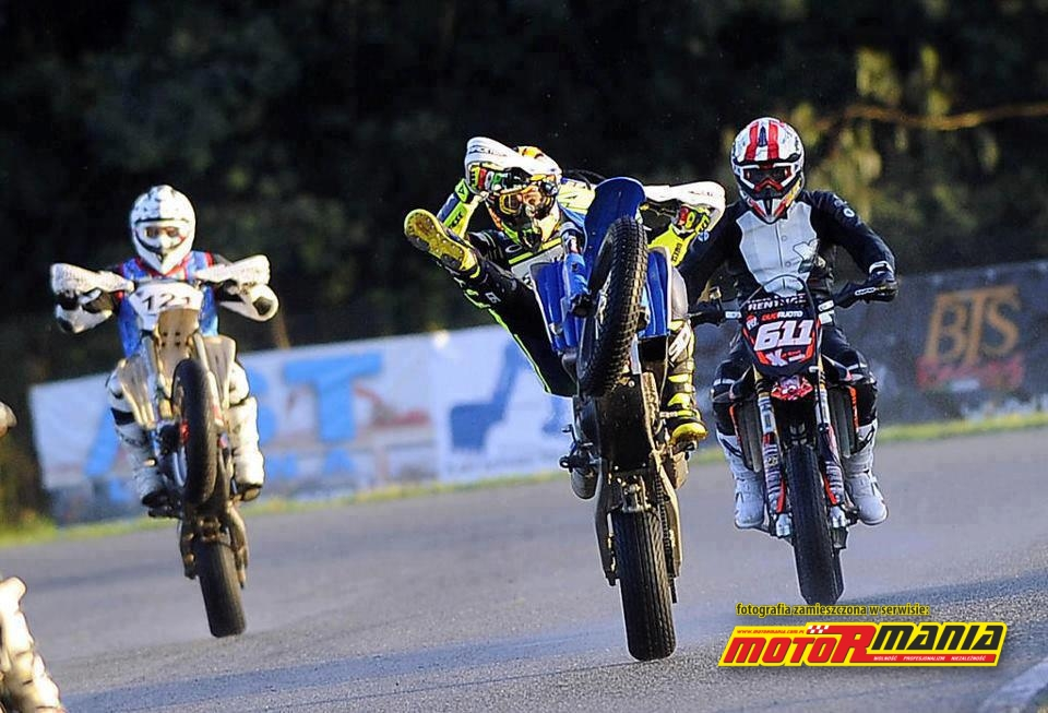 valentino rossi ndash wheelie - photo #30