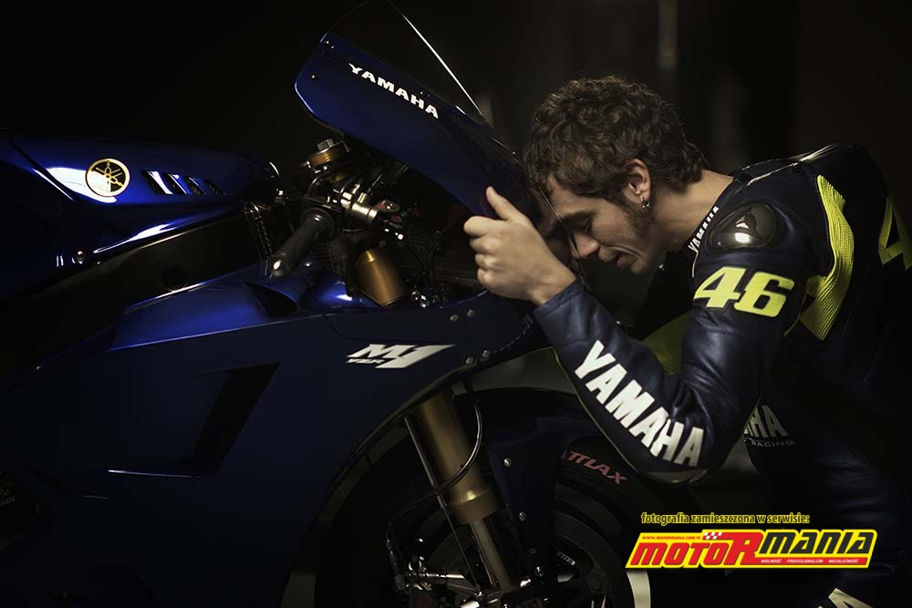 ... sezon 2013 – zobacz to! Valentino Rossi i Yamaha YZR-M1 2013