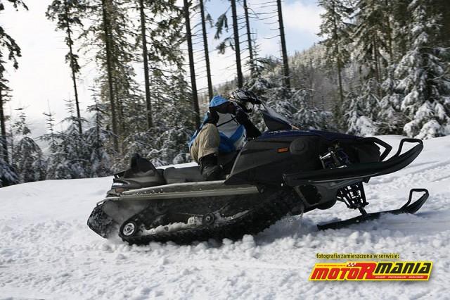 gorsza i lepsza technika skrecania - Yamaha RS Venture - skuter sniezny (1)