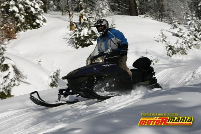 skoki na skuterze snieznym (3)