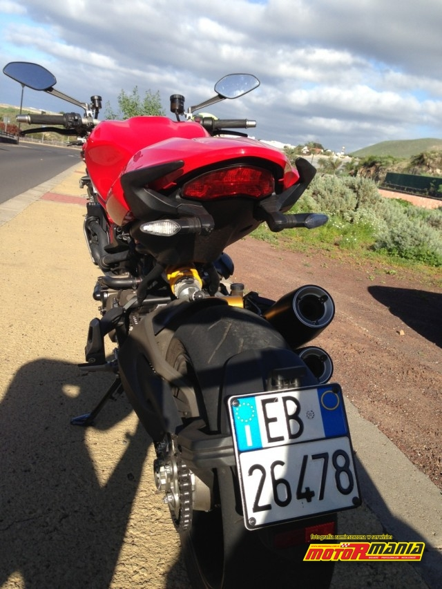 Ducati Monster 1200 S 2014 test MotoRmania (6)