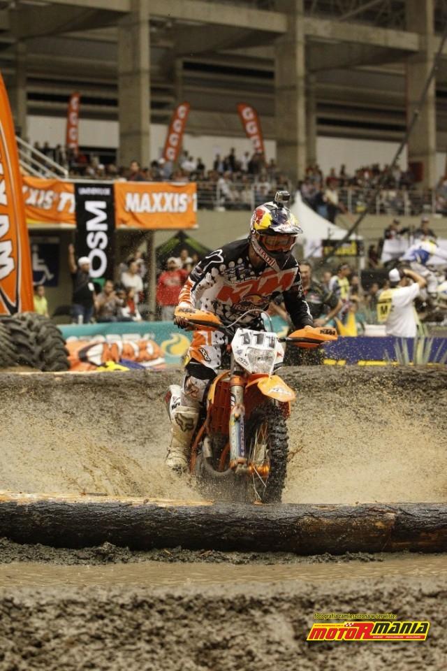 Tadek Blazusiak w SuperEnduro 2014 - fot Edmunds J - KTM Images (4)