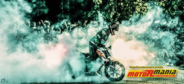 Stunter 13 pali gume na KTM