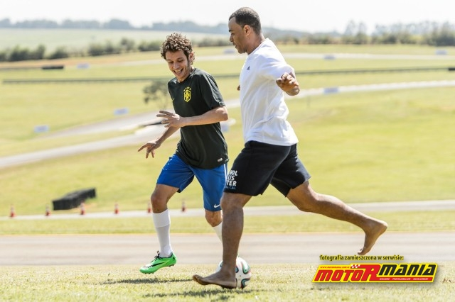 Rossi i Cafu foto Yamaha