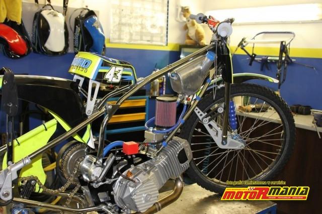 silnik-w-ramie-motocykla-darcy'ego-warda