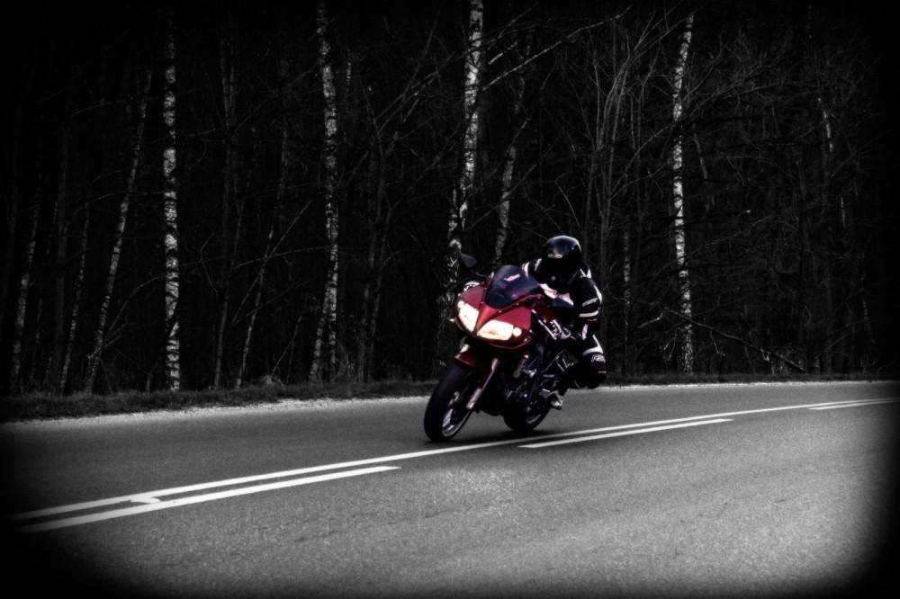 SV650S Suzuki motocykl cud _SOS_ (3)