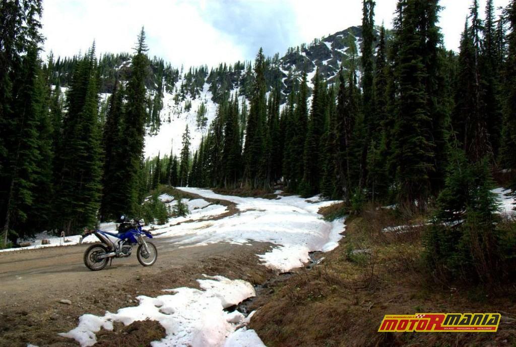 Gray Creek Pass ze sniegiem