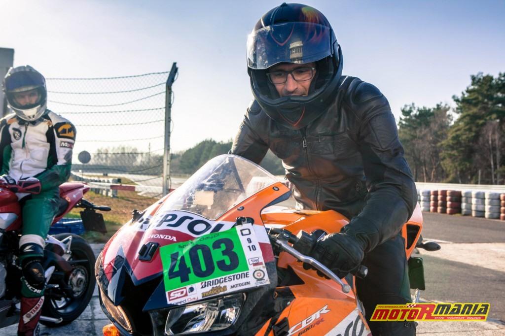 Michał i Pasio na motocyklach (7)