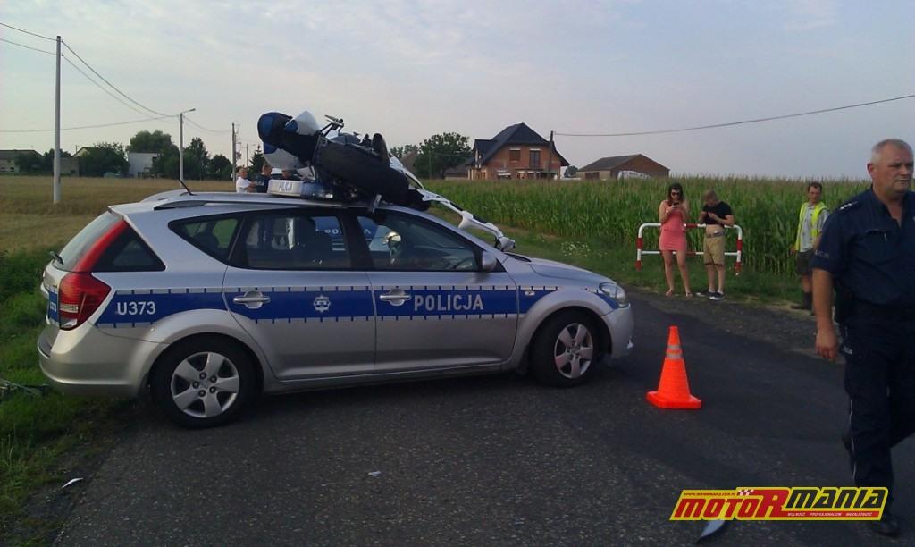 GSXR na dachu radiowozu poscig blokada (6) - fot kontakt24_tvn24_pl
