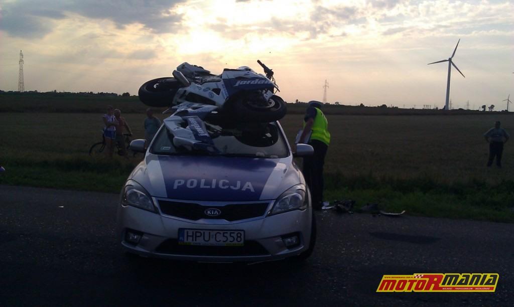 GSXR na dachu radiowozu poscig blokada (8) - fot kontakt24_tvn24_pl