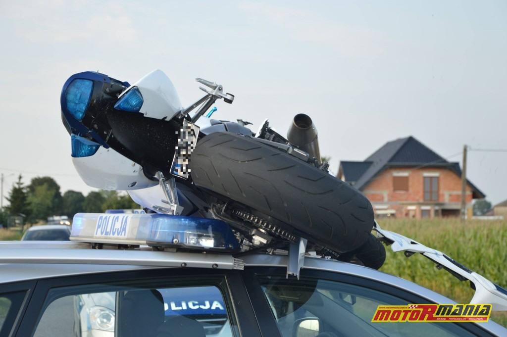 Poscig gsxr1000 witkowo policja blokada na dachu (3) - fot Kurier Witkowski