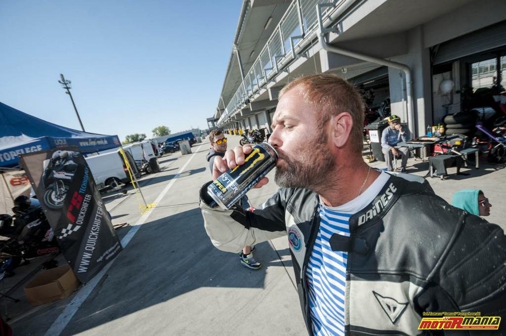 Wrzesien 2015 - track day z motormania na slovakiaring (17)