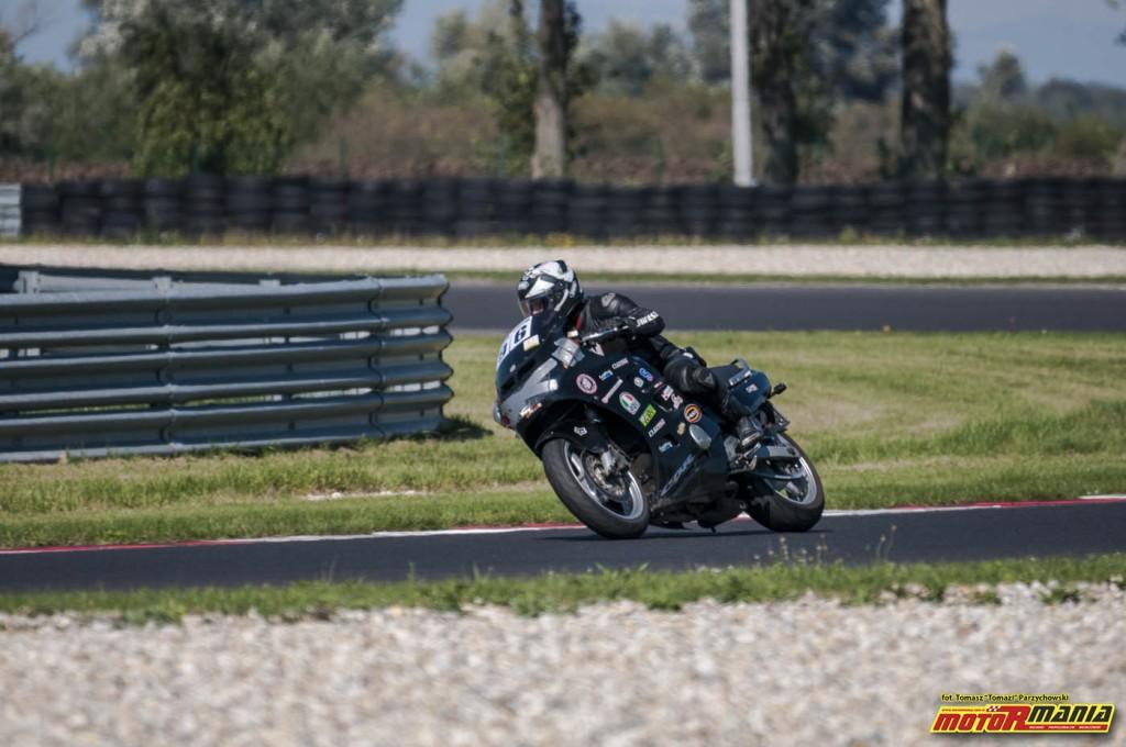 Wrzesien 2015 - track day z motormania na slovakiaring (23)