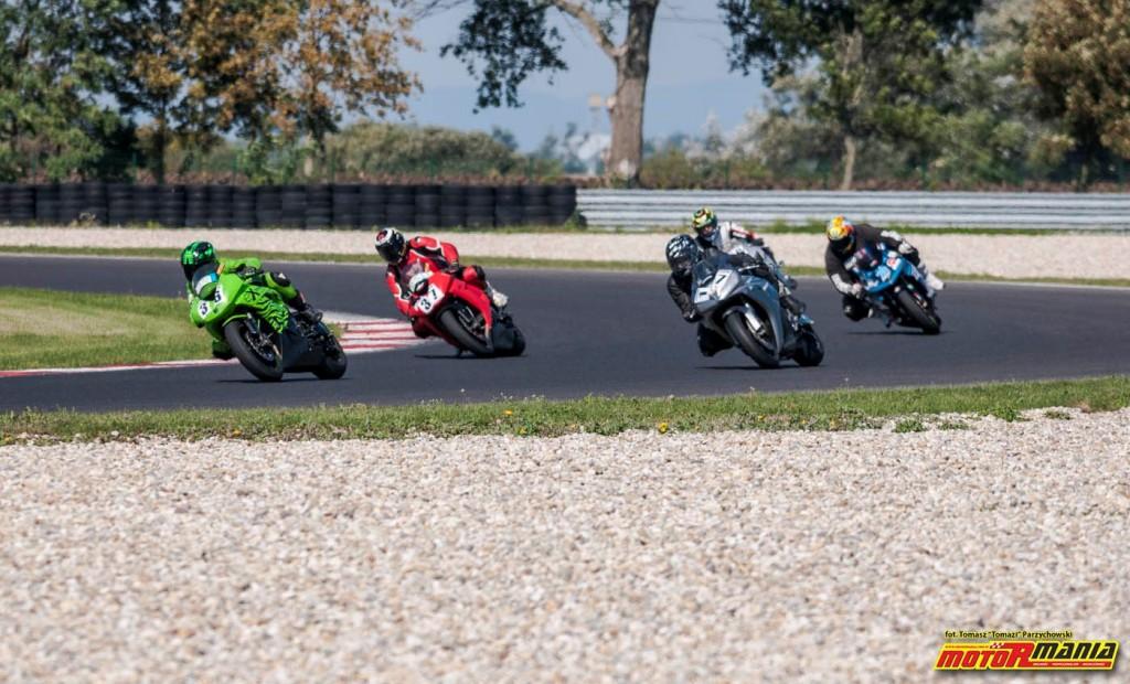 Wrzesien 2015 - track day z motormania na slovakiaring (24)