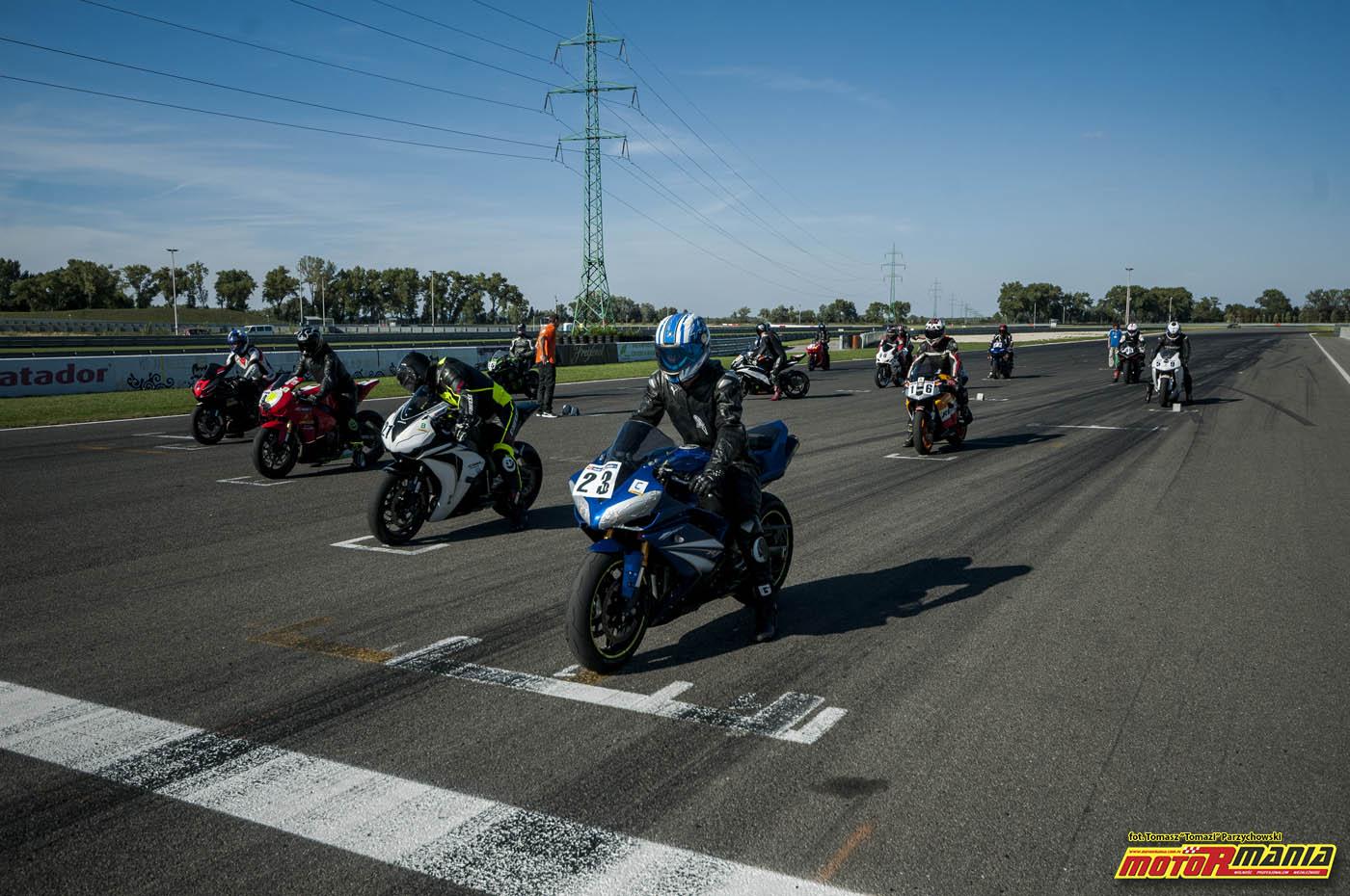 Wrzesien 2015 - track day z motormania na slovakiaring (26)
