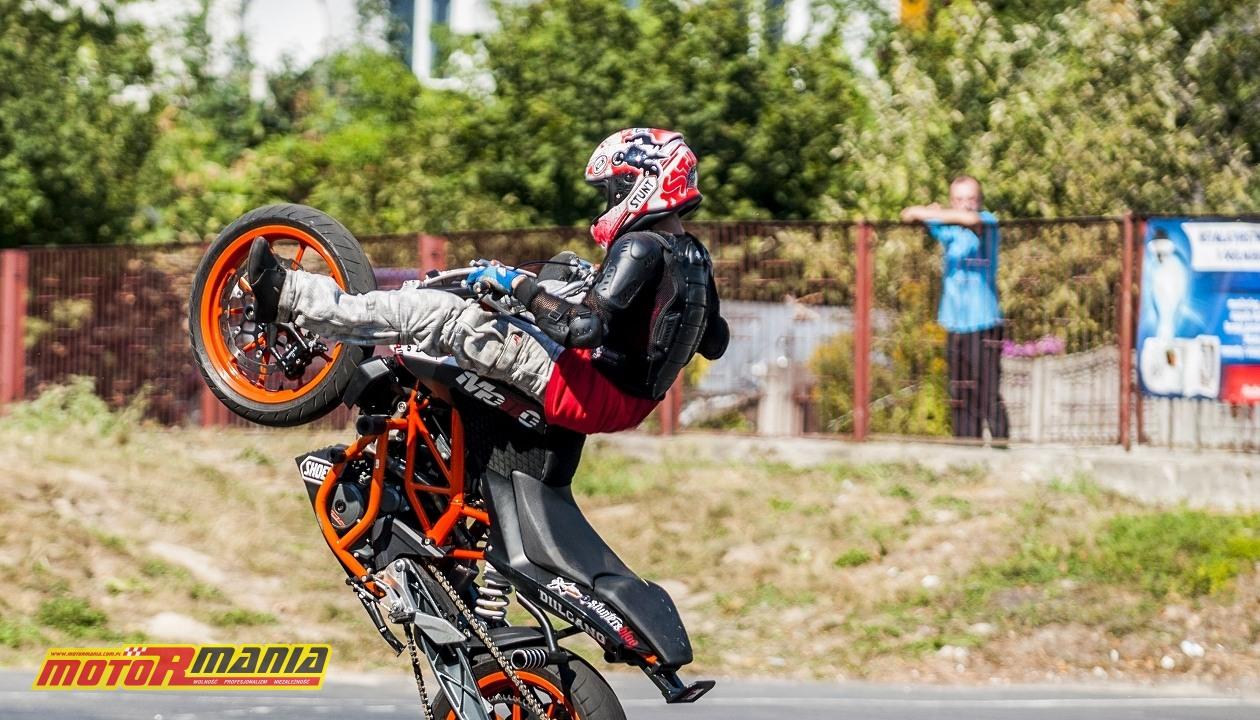 Piotrus Stunt na KTM 390 Duke (2) - fot Best Shot