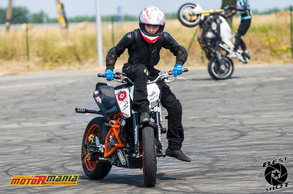 Piotrus Stunt na KTM 390 Duke (22) - fot Best Shot