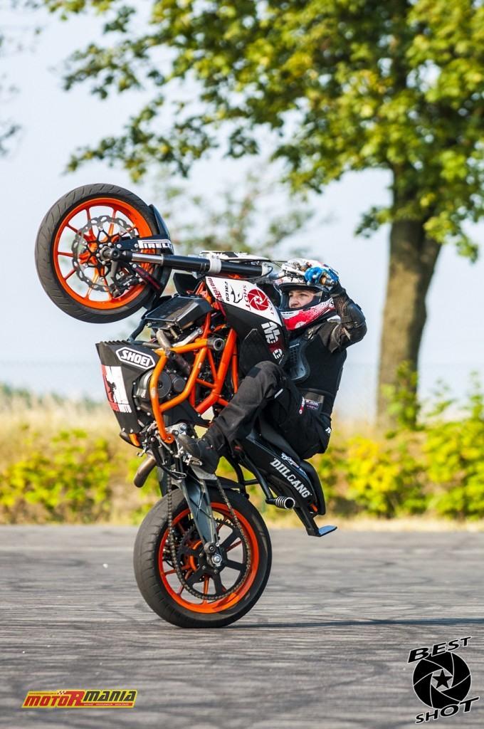 Piotrus Stunt na KTM 390 Duke (26) - fot Best Shot