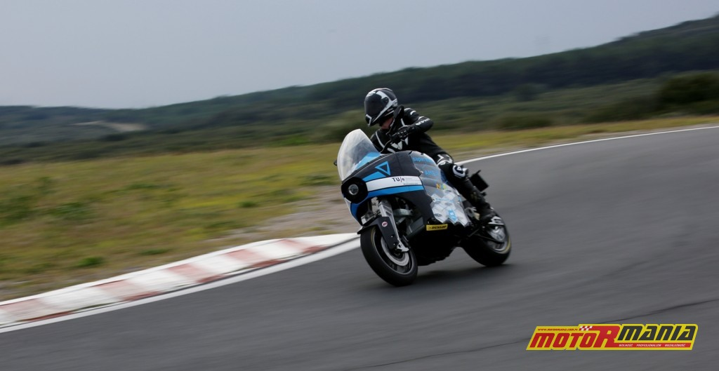 Zespół STORM Eindhoven wybiera opony Dunlop RoadSmart III (1)