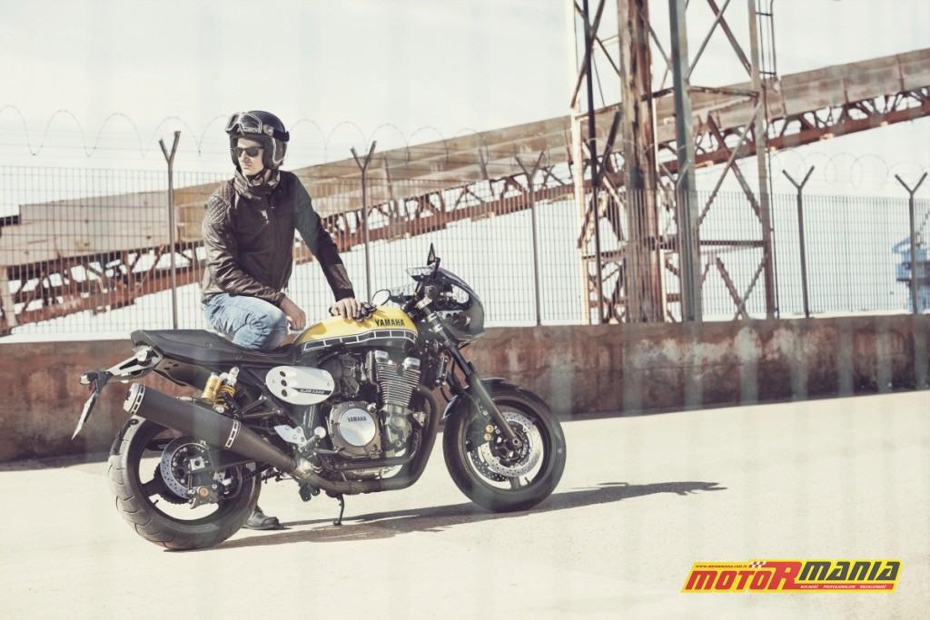 Yamaha XJR1300 Racer (1)