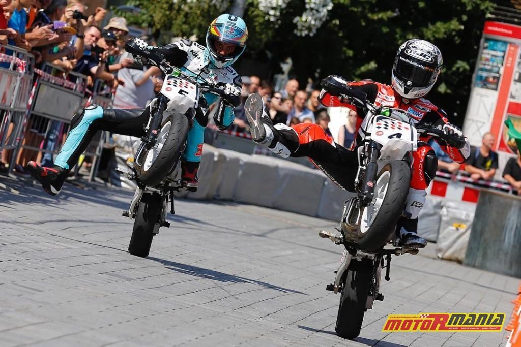 motogp pitbike brno wheelie - fot motogp_com