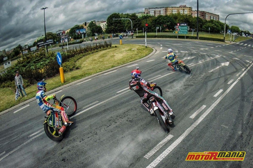 roundabout-speedway (7)