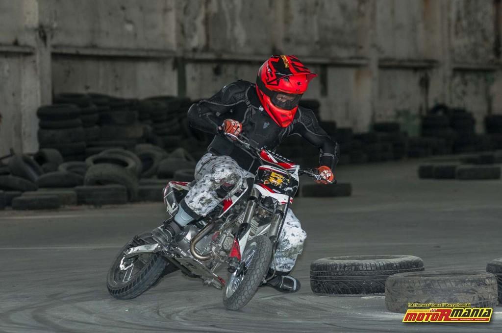 Slajd Zone treningi motormania pitbike slide szkolenie (7)