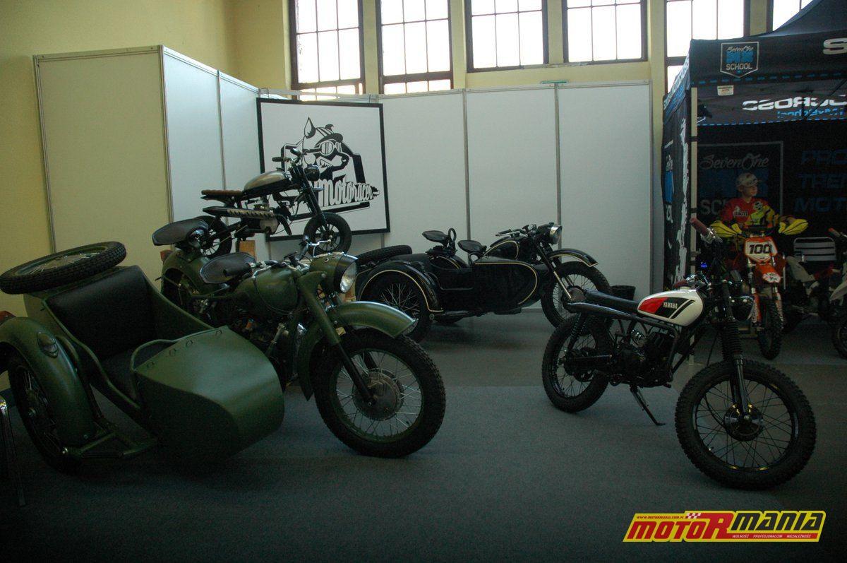 139-MotoRacer-Garage