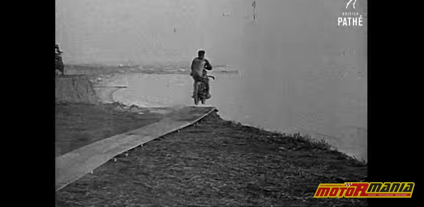 Fred Osborne pierwszy skok ze spadochronem na motocyklu