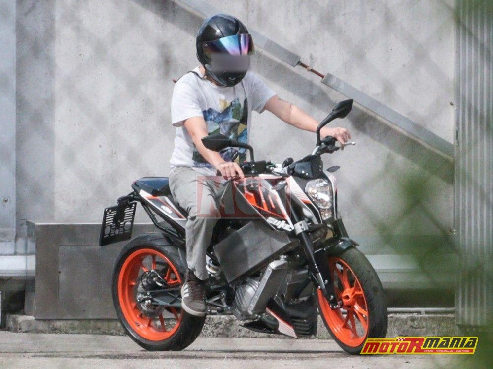Elektryczny KTM Duke (2)