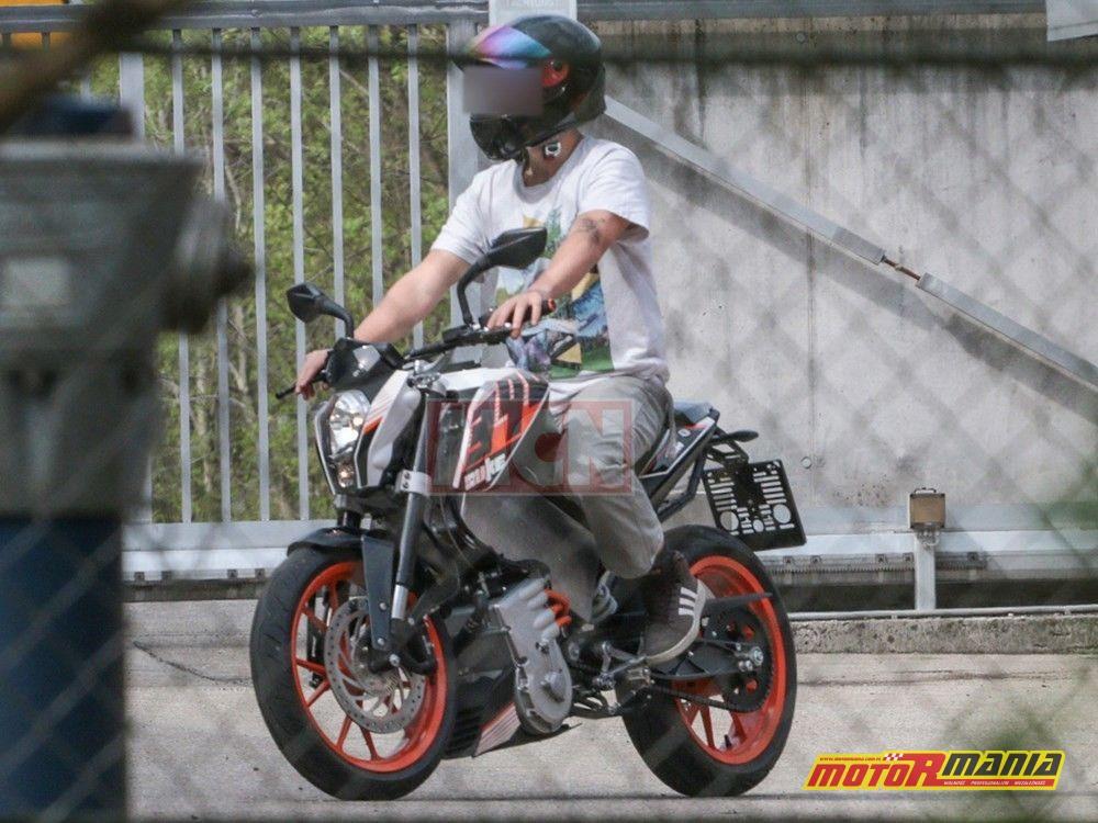 Elektryczny KTM Duke (4)