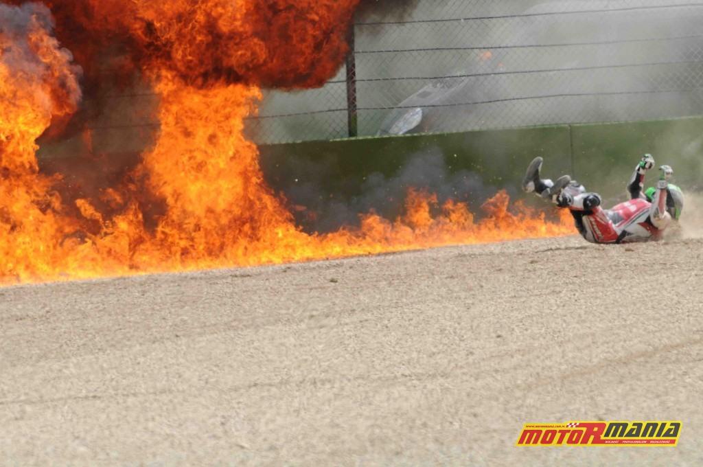 Eugene Laverty wypadek imola hamulce pożar (4)
