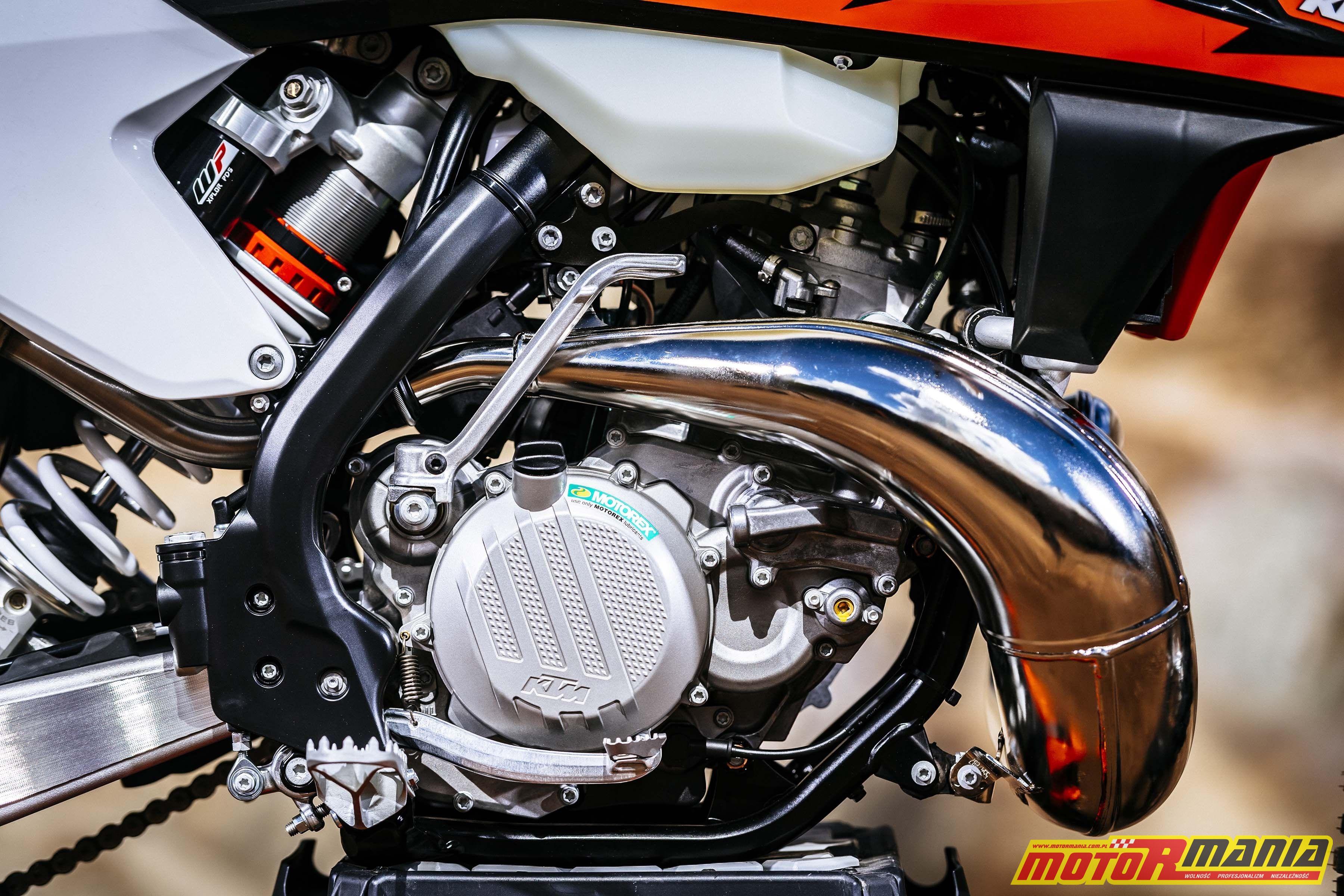 KTM 250 300 EXC TPI dwusuw z wtryskiem 2018 (9)