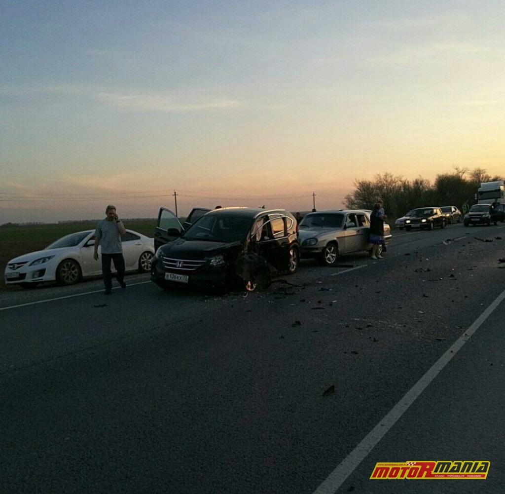 Wypadek Rosja 2 motocyklistow zderzenie czołowe (7)