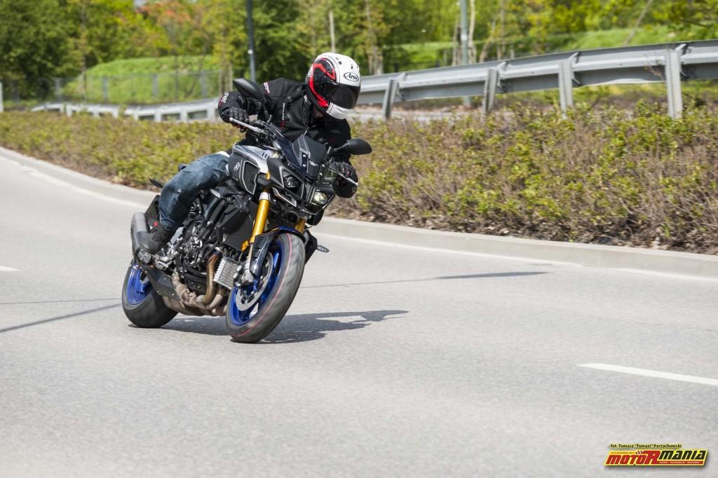 MT-10SP Yamaha 2017 Stunt Pasio MotoRmania (2) - fot Tomazi_pl