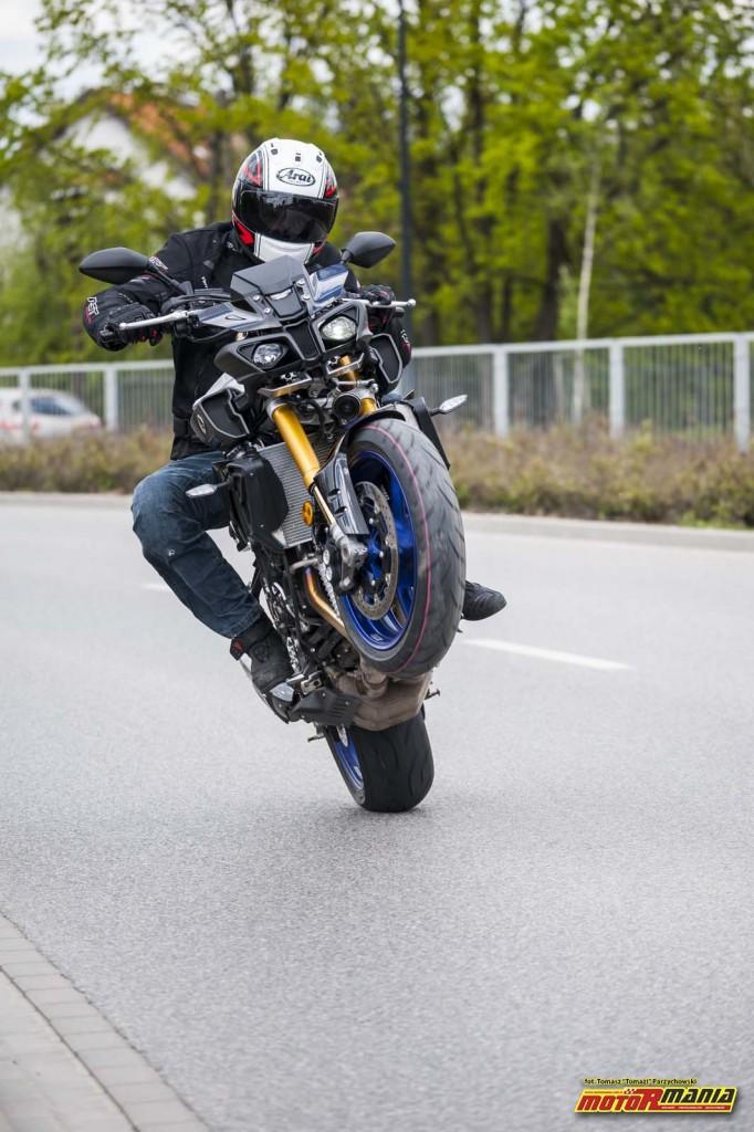 MT-10SP Yamaha 2017 Stunt Pasio MotoRmania (5) - fot Tomazi_pl