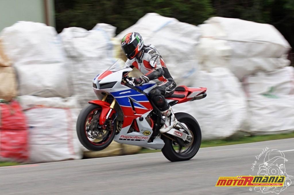 Predki Racing Team na CzechTT wyscigi drogowe w czechach (4)