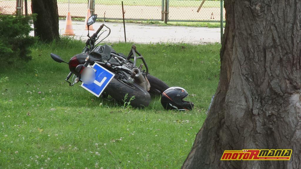 Wypadek w trakcie kursu kat A (1) - fot Tomasz Zieliński, tvnwarszawa_pl