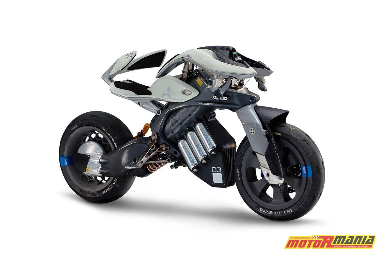 Yamaha MOTOROiD concept 2017 (2)