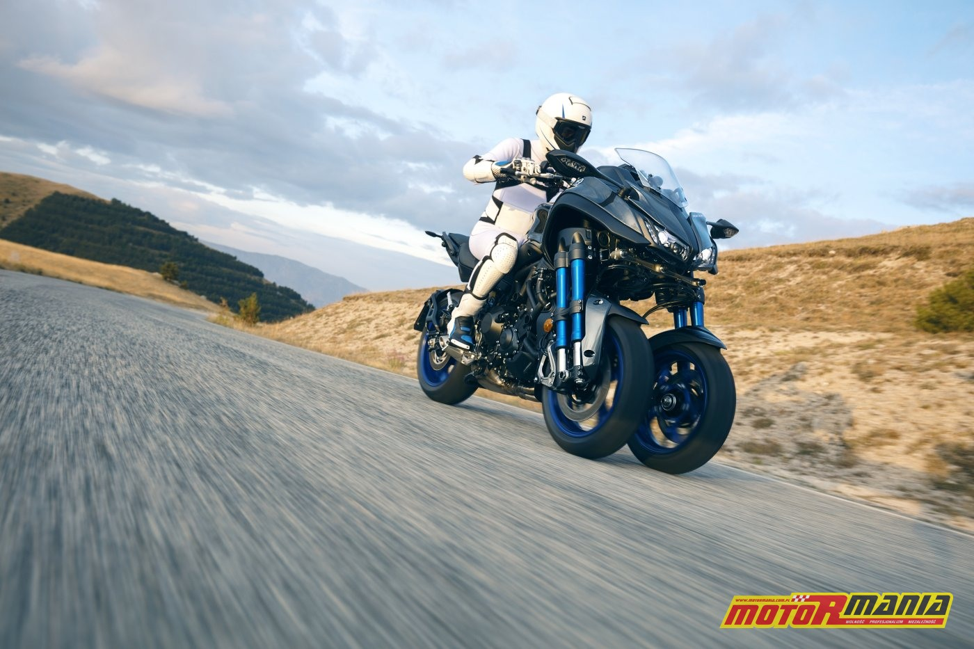 Yamaha Niken MXT850 2018 (2)