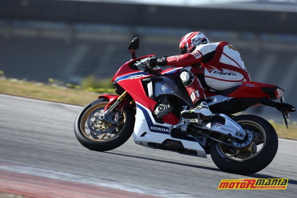 Honda CBR1000RR Fireblade 2017 test motormania (8)