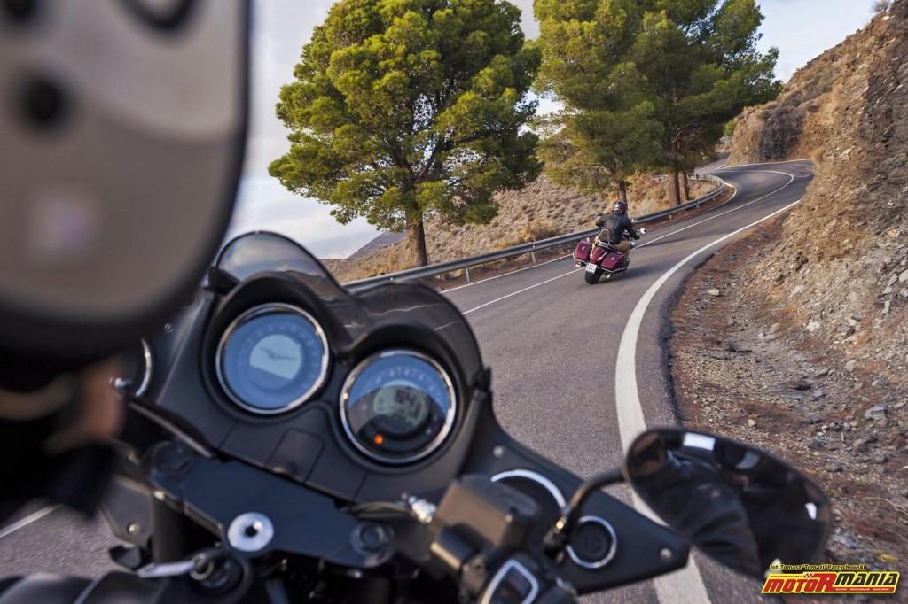 Moto Guzzi MGX21 + California 1400 - Spaghetti Western (11)