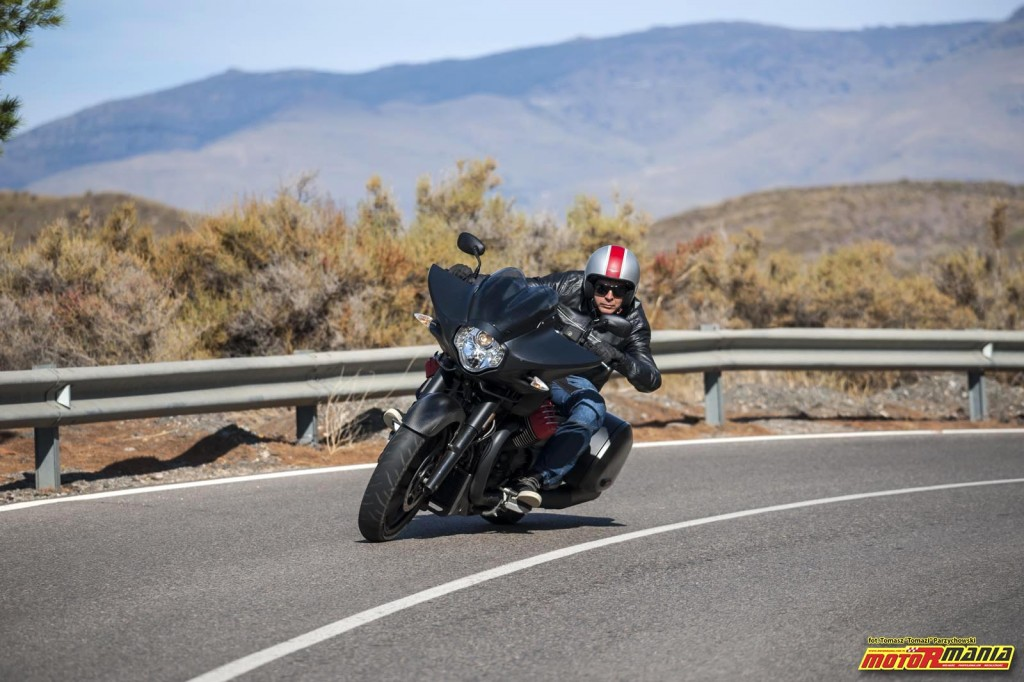 Moto Guzzi MGX21 + California 1400 - Spaghetti Western (19)