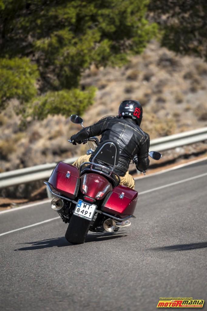 Moto Guzzi MGX21 + California 1400 - Spaghetti Western (20)