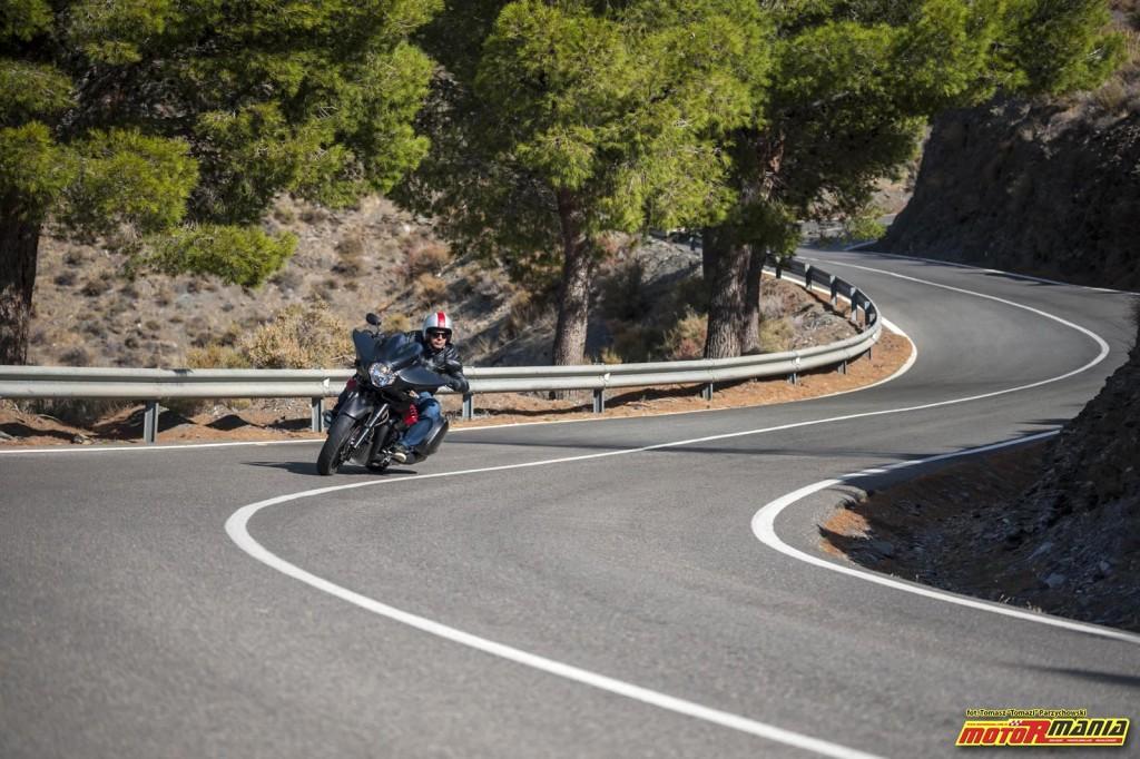 Moto Guzzi MGX21 + California 1400 - Spaghetti Western (23)