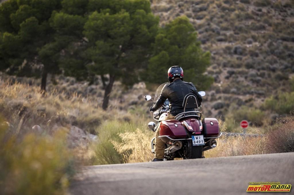 Moto Guzzi MGX21 + California 1400 - Spaghetti Western (7)